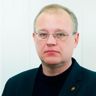 Партнёр, КЮН, специалист в области корпоративного, международного, арбитражного и жилищного права.